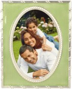 Fauborg Green Oval Picture Frame