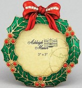 Green Holly Wreath Holiday Picture Frame