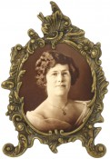 Lacquered Antique Brass Oval Picture Frame