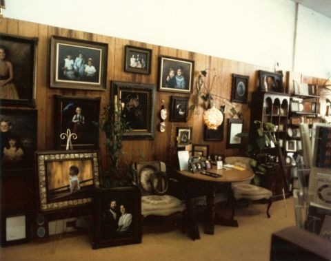 lee-of-auburn-picture-wall.jpg