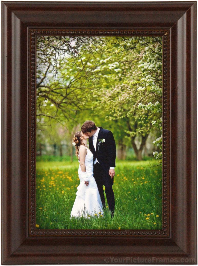 Dark Mahogany Beaded Wood Picture Frame